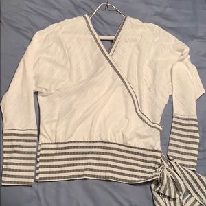 Umgee long sleeve shirt